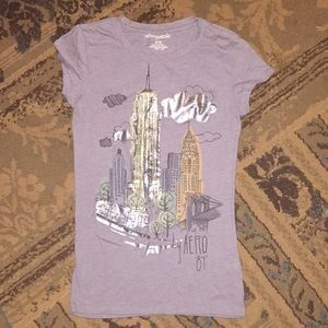 Aeropostale Tops - City skyline